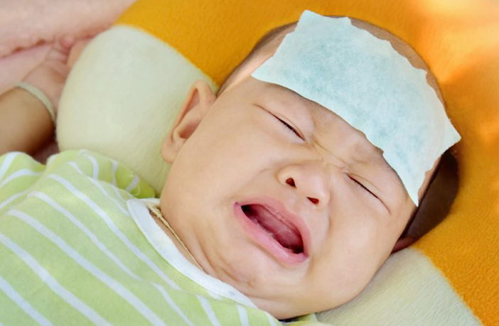 How to identify and deal with breastmilk allergy in babies?
