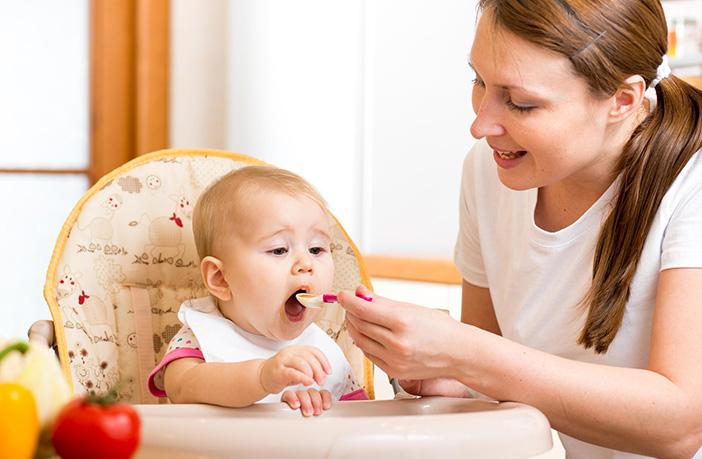 ulser perut, ulser duodenal, penyakit usus, tiup makanan panas, tiup makanan bayi, kunyah makanan anak, kunyah makanan bayi