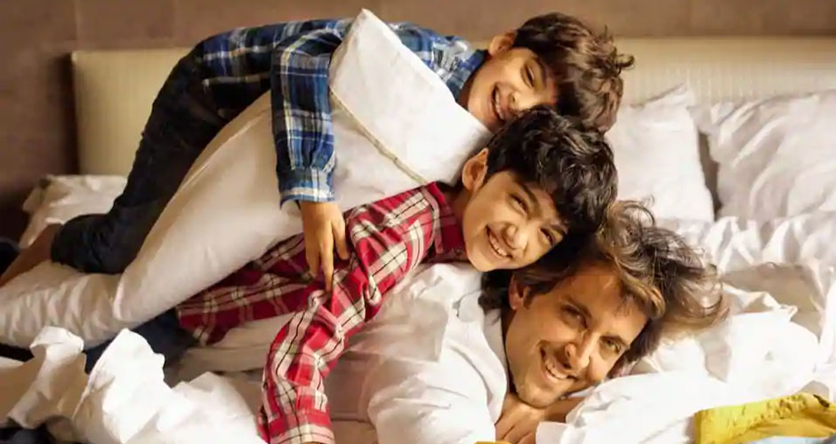7 Bollywood Dads Who Are Hot And Single